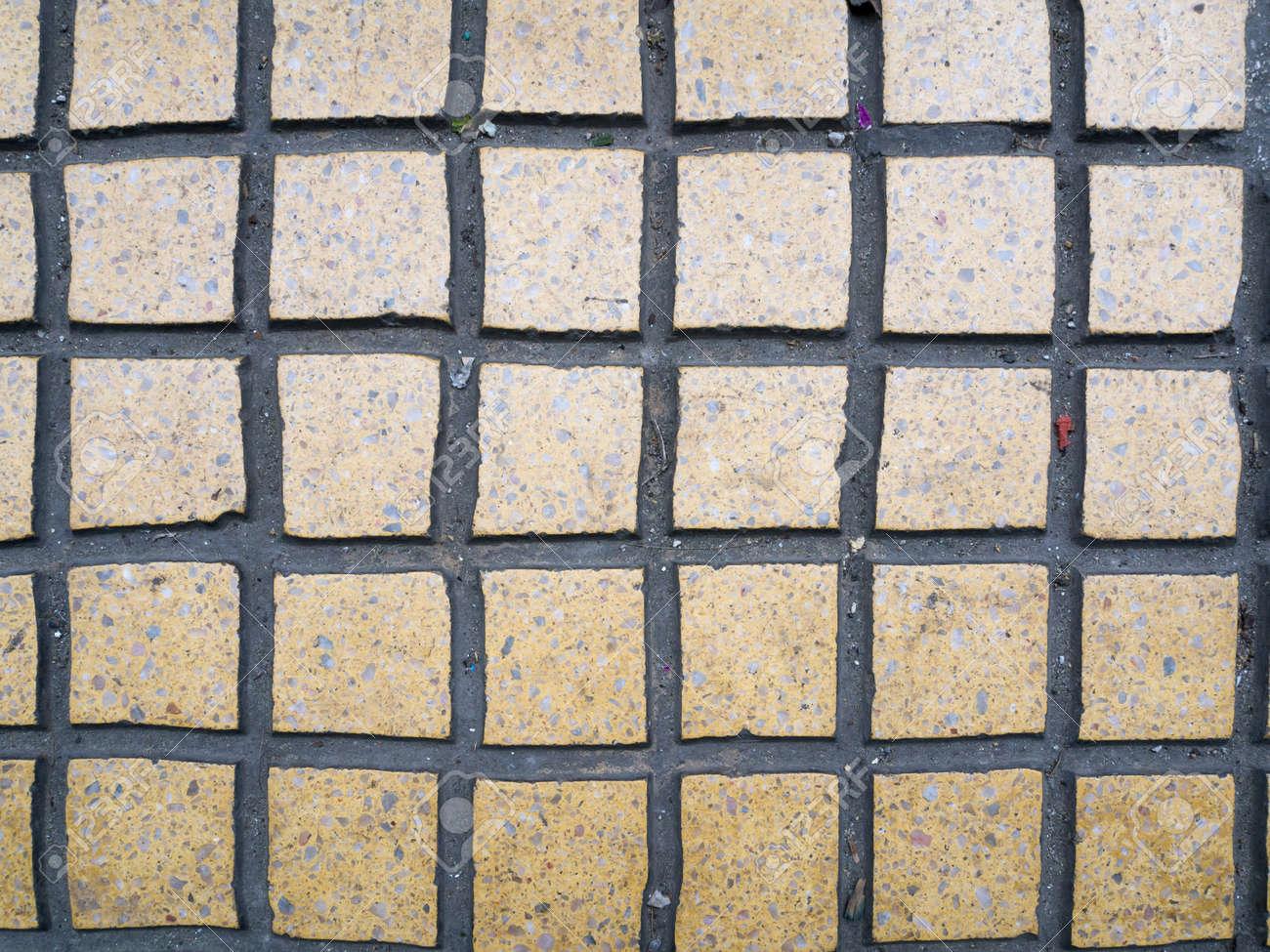 suelos de piedra hecha de pequeos cuentos de color marrn claro