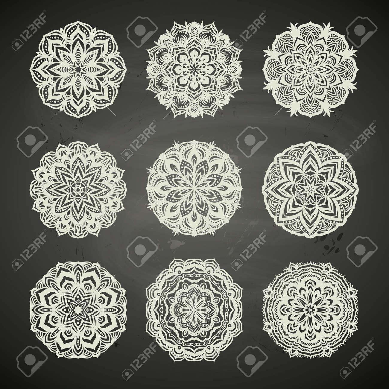 Ornamento Del Círculo De Encaje, Patrón Geométrico Ornamentales ...