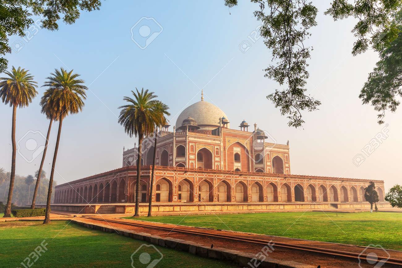 Humayun's Tomb main view, New Delhi, India. - 144850265