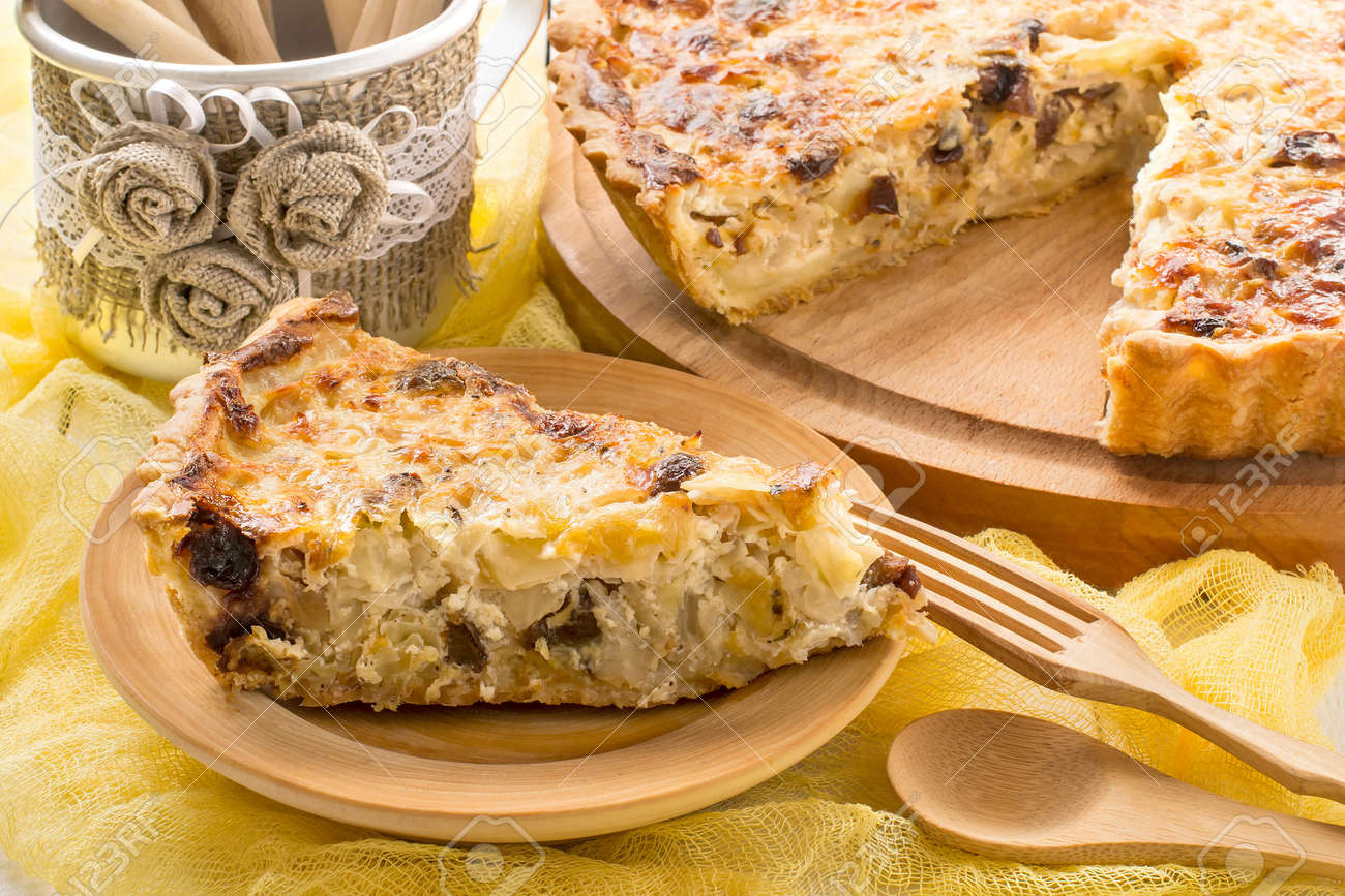 Delicious Pie with Cabbage 13