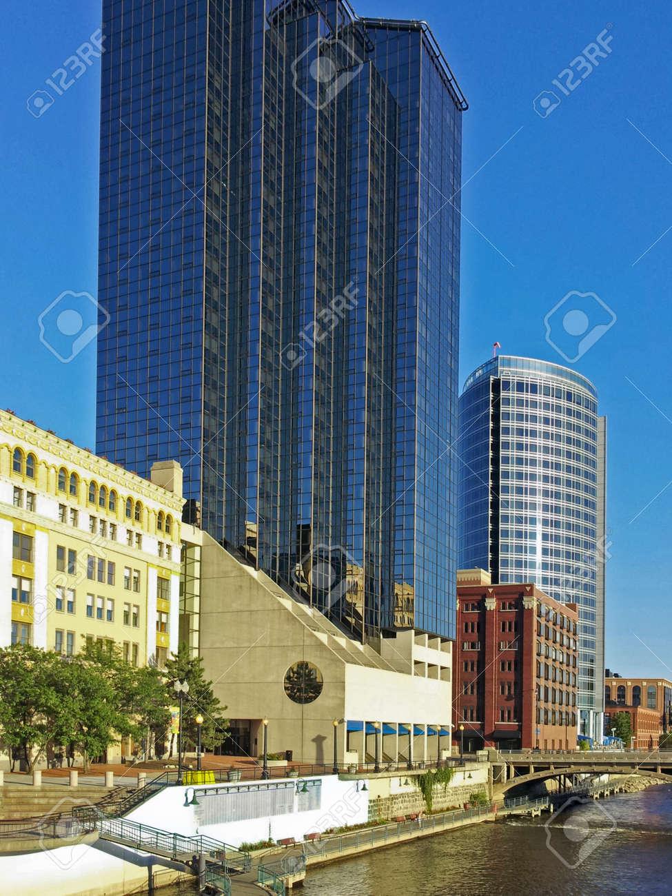 Grand Rapids, Michigan skyline Stock Photo - 21735684