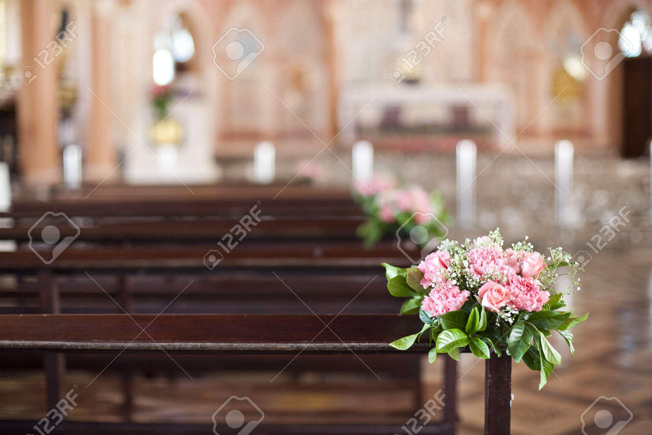 Beautiful flower wedding decoration in a church Stock Photo - 15205858