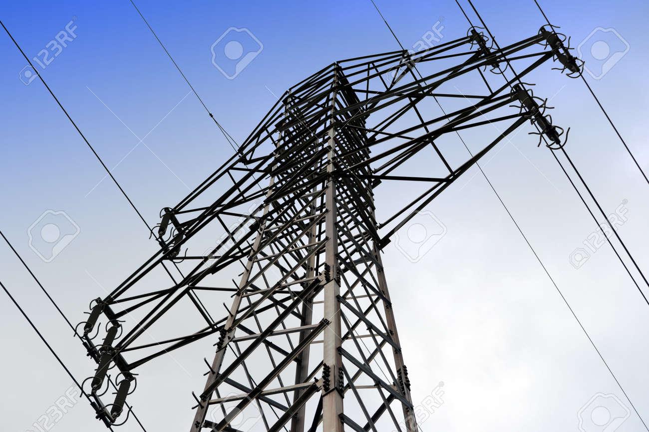 Electricity pylon - 145641548
