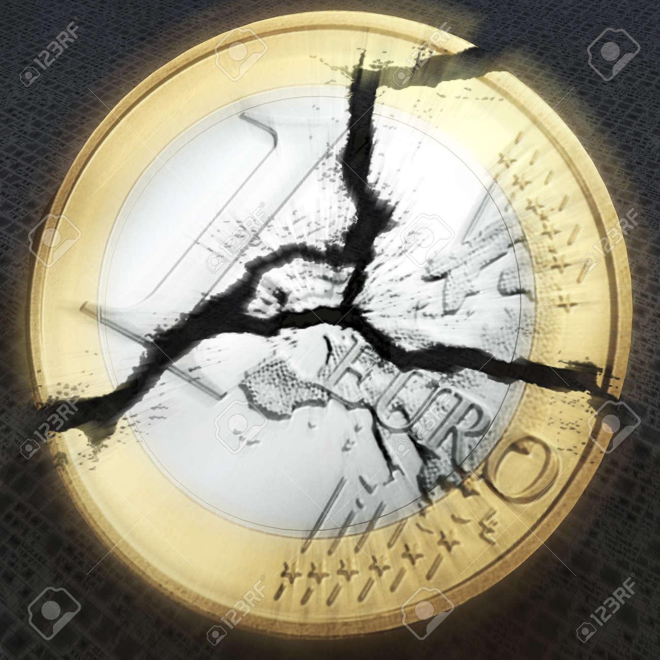 digital visualization of an broken euro coin Stock Photo - 8118230