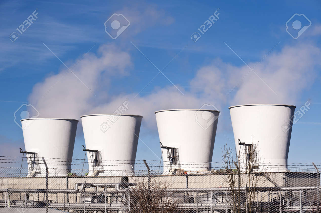 Detail of an oil refinery Stock Photo - 9101529