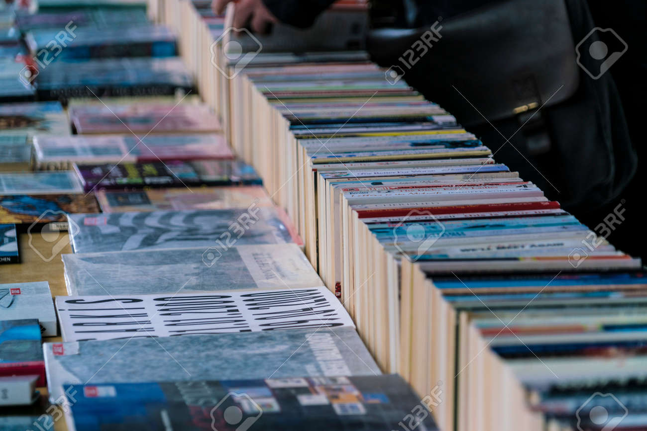 Second Hand Books - Street sale on South Bank LONDON, ENGLAND - FEBRUARY 22, 2016 - 53490711