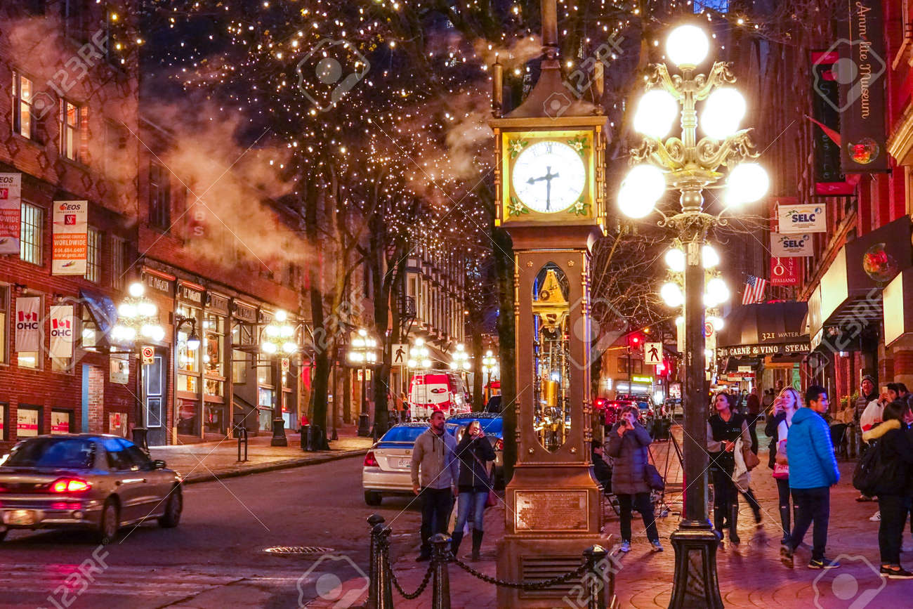The old town of Vancouver at night - Gastown district - VANCOUVER / CANADA - APRIL 12, 2017 - 81399303