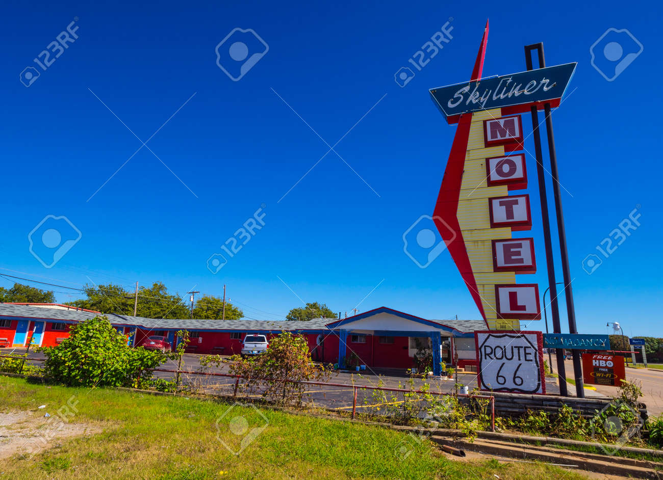 Stylish Skyliner Motel At Route 66 - STROUD - OKLAHOMA - OCTOBER ...