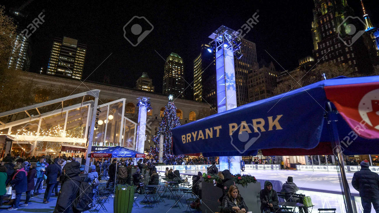 Bryant Park Christmas Market.Christmas Market At Bryant Park By Night New York United States