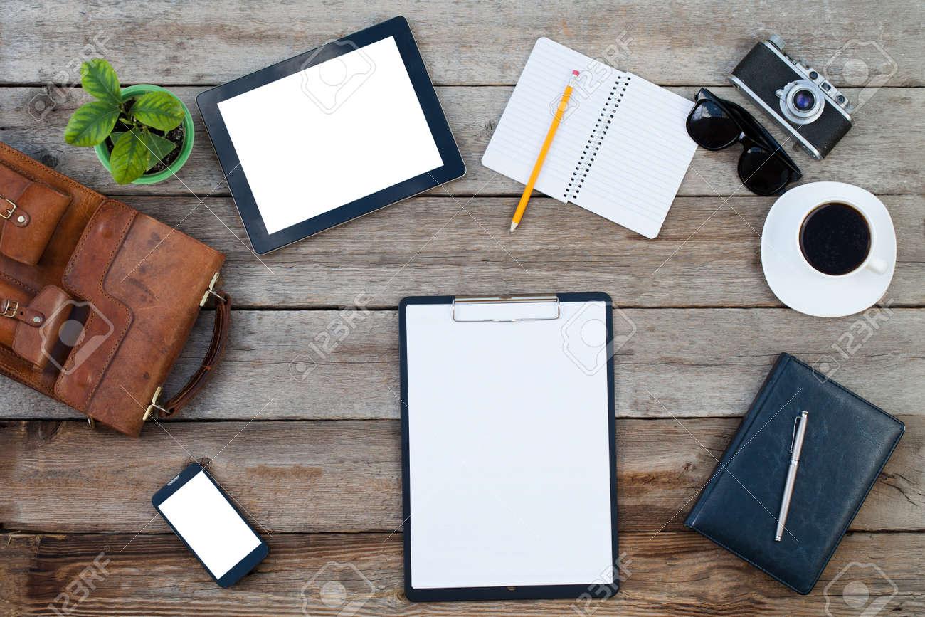 Noir style ordinateur tablette et téléphone intelligent avec des