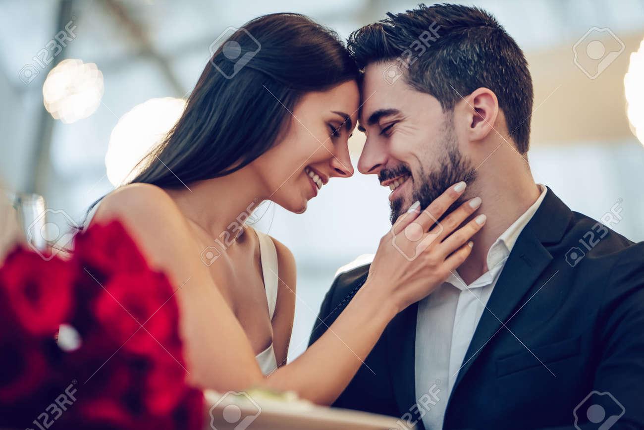 Beautiful Love Couple Wallpaper