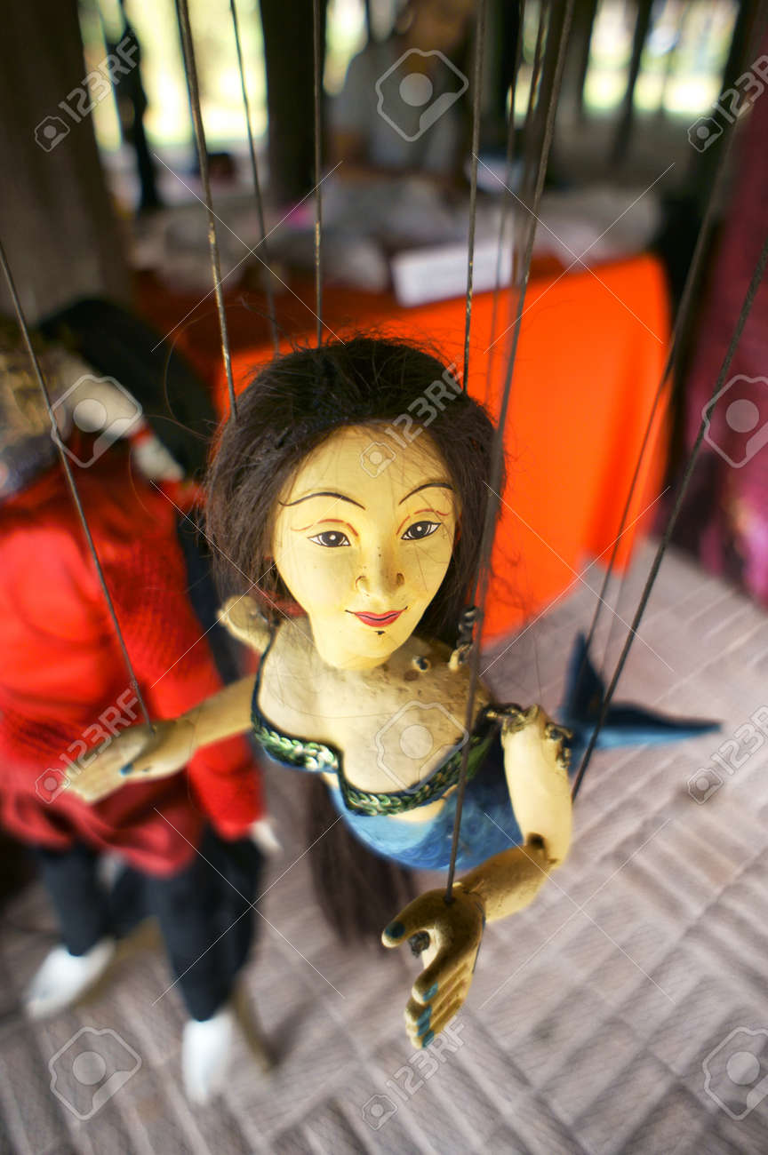 CHIANG MAI THAILAND-FEB. 23 : ASEAN Enchanting Puppets 2013.Identity Hoon sai Sema Marionettes of Thailand at CMU. Art Center.on FEB. 23,2013 in Chiangmai,Thailand Stock Photo - 18832862