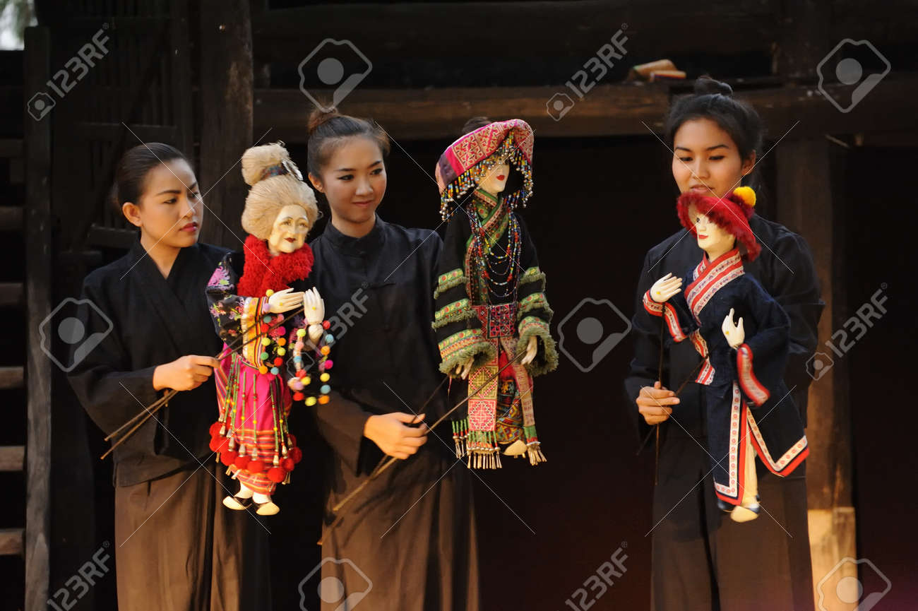 CHIANG MAI THAILAND-FEB. 23 : ASEAN Enchanting Puppets 2013.Unidentified  women Hobby hut dance gestures and pantomime Thailand at The CMU. Art Center.on FEB. 23,2013 in Chiangmai,Thailand Stock Photo - 18833258
