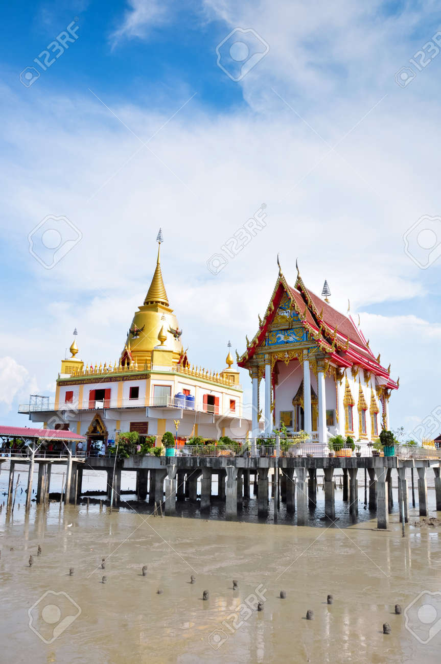 a big temple in the sea with sky background,Wat Hong Thong,samutprakarn,thailand Stock Photo - 13680615