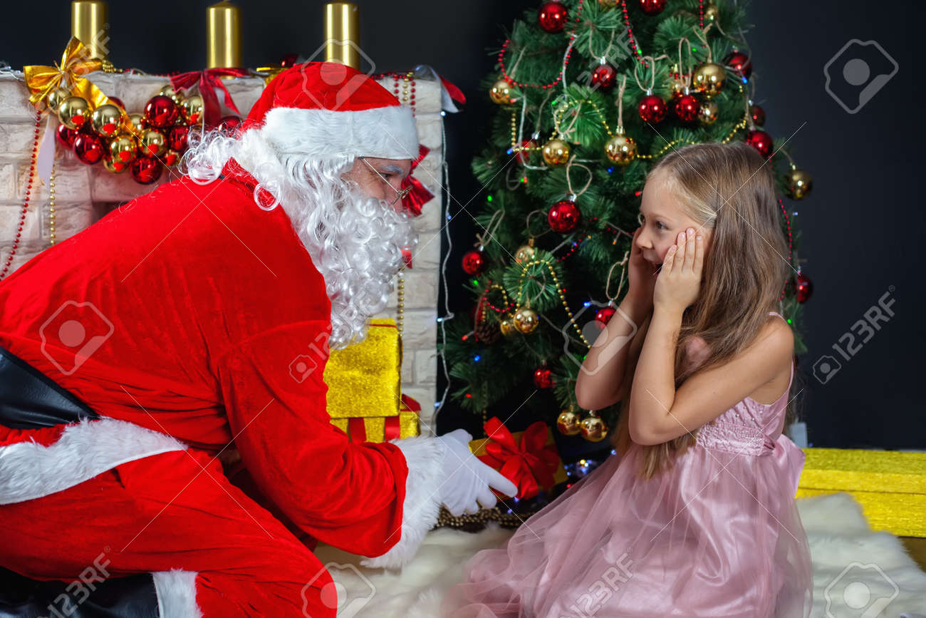 Christmas Scenes.Santa Claus And A Girl In A Dress Christmas Scenes The Kid S