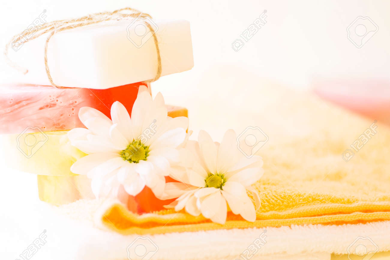 Enjoy aromatic and fun cleansing of body and face. Bars homemade moisturizing fruit and vanilla