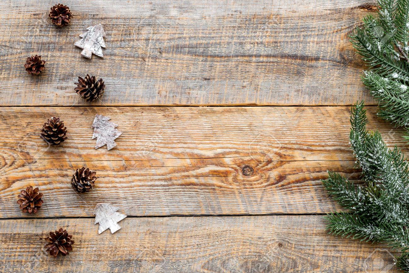 Conos De Pino Para Decorar El Arbol De Navidad Para La Celebracion - Ramas-de-arboles-para-decoracion