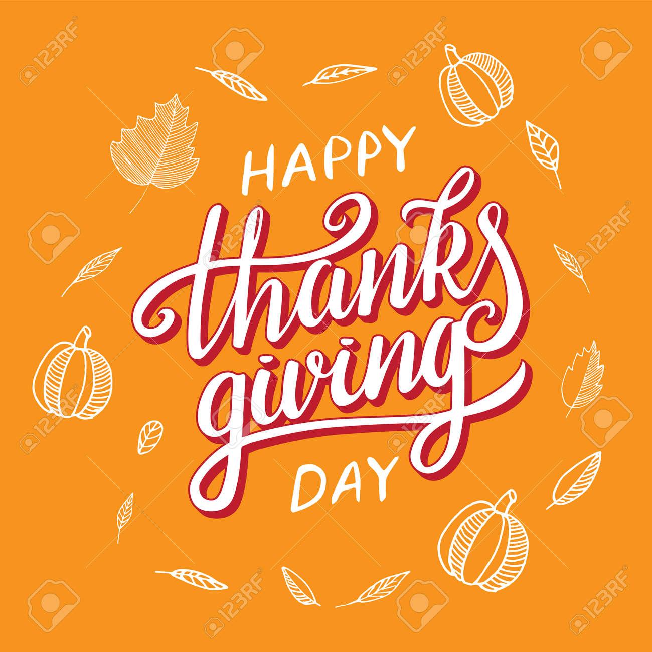 Vector Día De Acción De Gracias Saludo Frase De Letras Feliz Día De Gracias Con Marco Redondo De Hojas De Otoño Calabaza En Pizarra Naranja