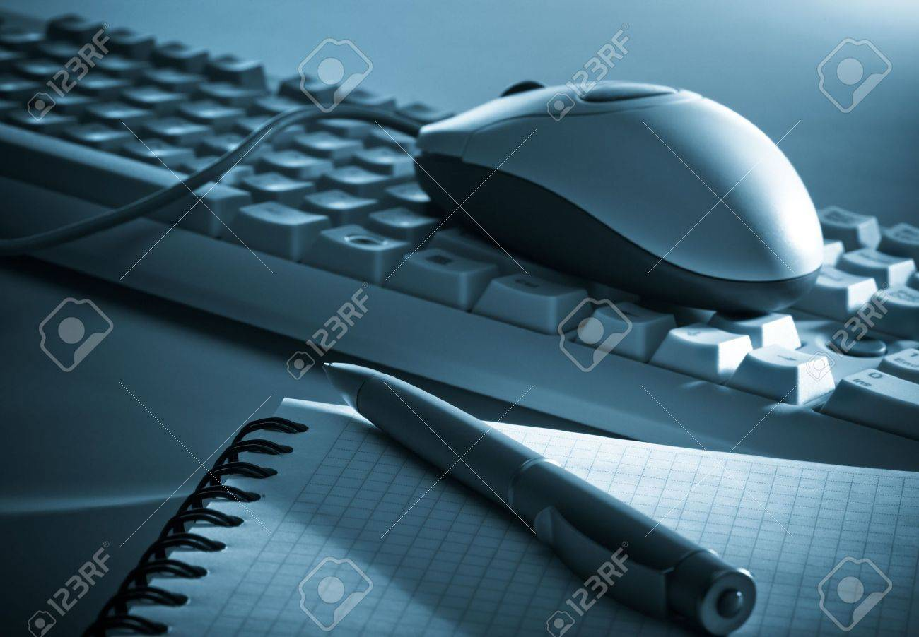 Blue toned office tools Stock Photo - 4713028