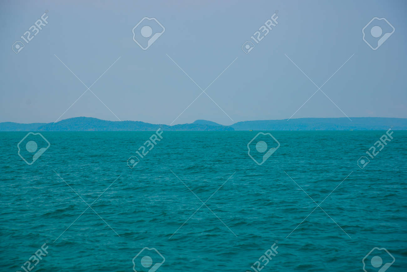 Beautiful islands overgrown trees in the gulf of thailand south beautiful islands overgrown trees in the gulf of thailand south china sea cambodia asia publicscrutiny Images
