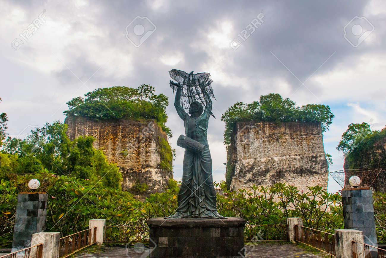 Garuda Wisnu Kencana Cultural Park Sculpture Statue Of Man Who
