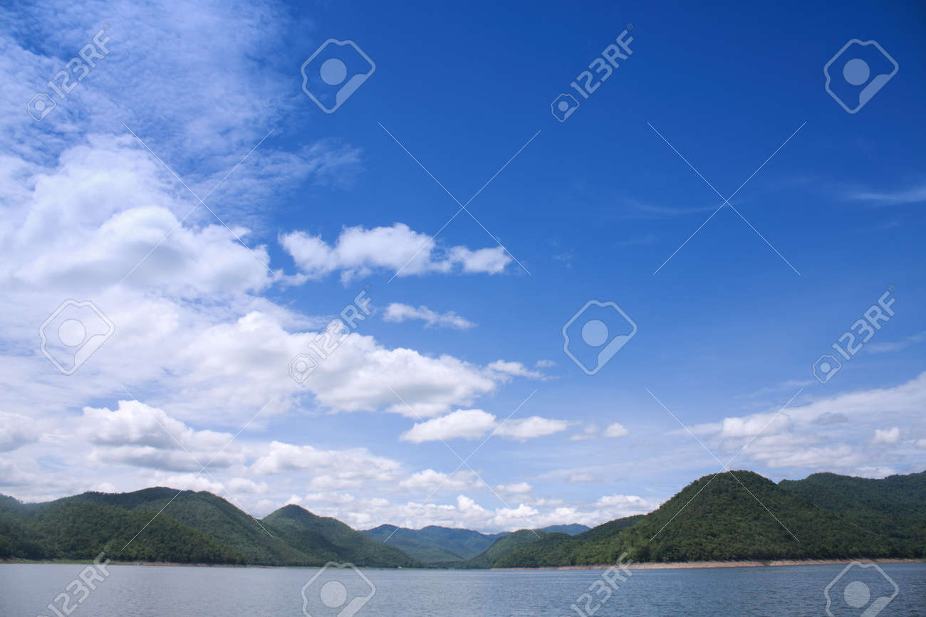 landscapes on the dam in thailand,travel in thailand Stock Photo - 7075445