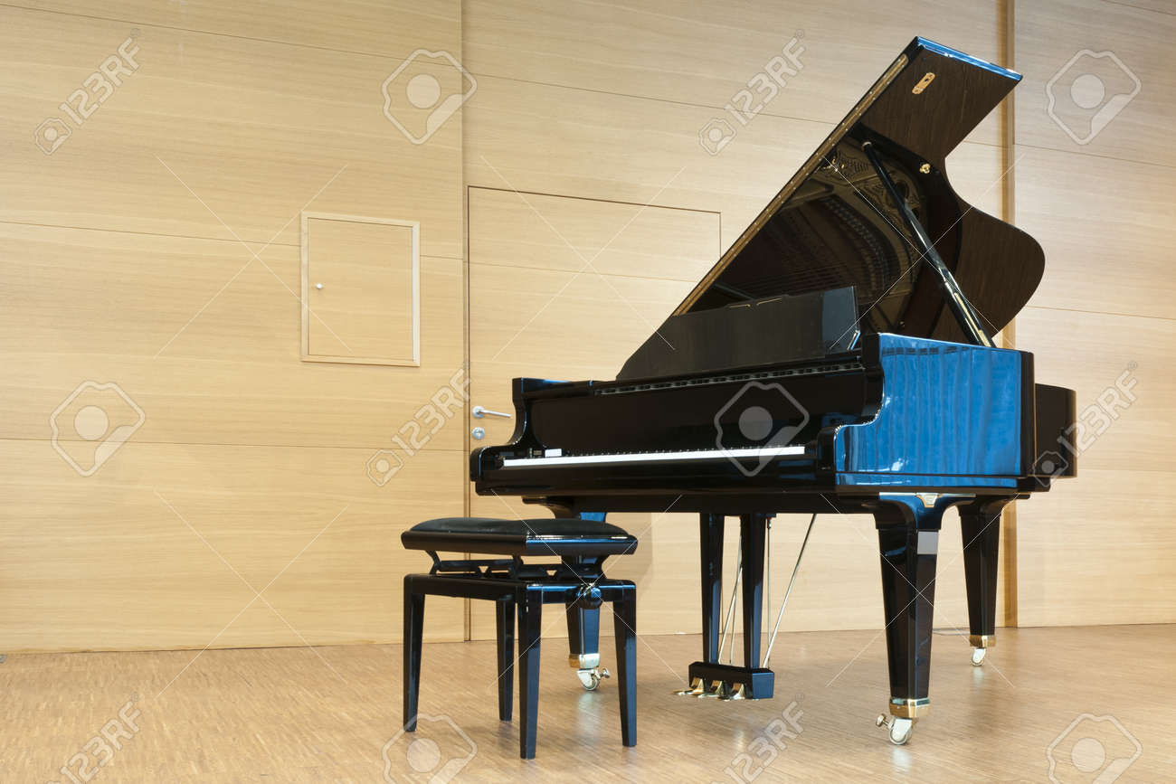 opened black grand piano with stool on a wooden concert stage Stock Photo - 11567344 & Opened Black Grand Piano With Stool On A Wooden Concert Stage ... islam-shia.org