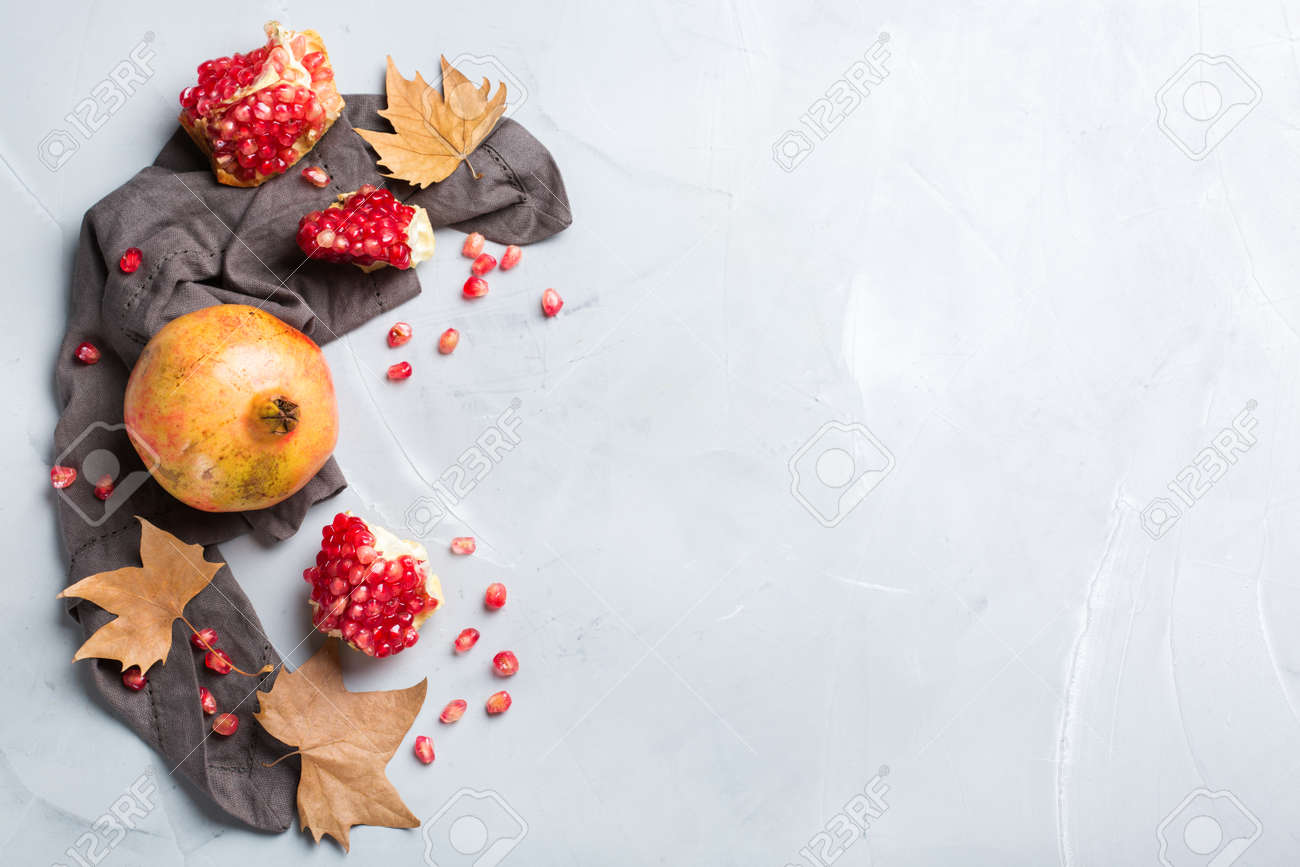 Autumn Fall Harvest Concept. Ripe Juicy Pomegranate On A Cozy ...