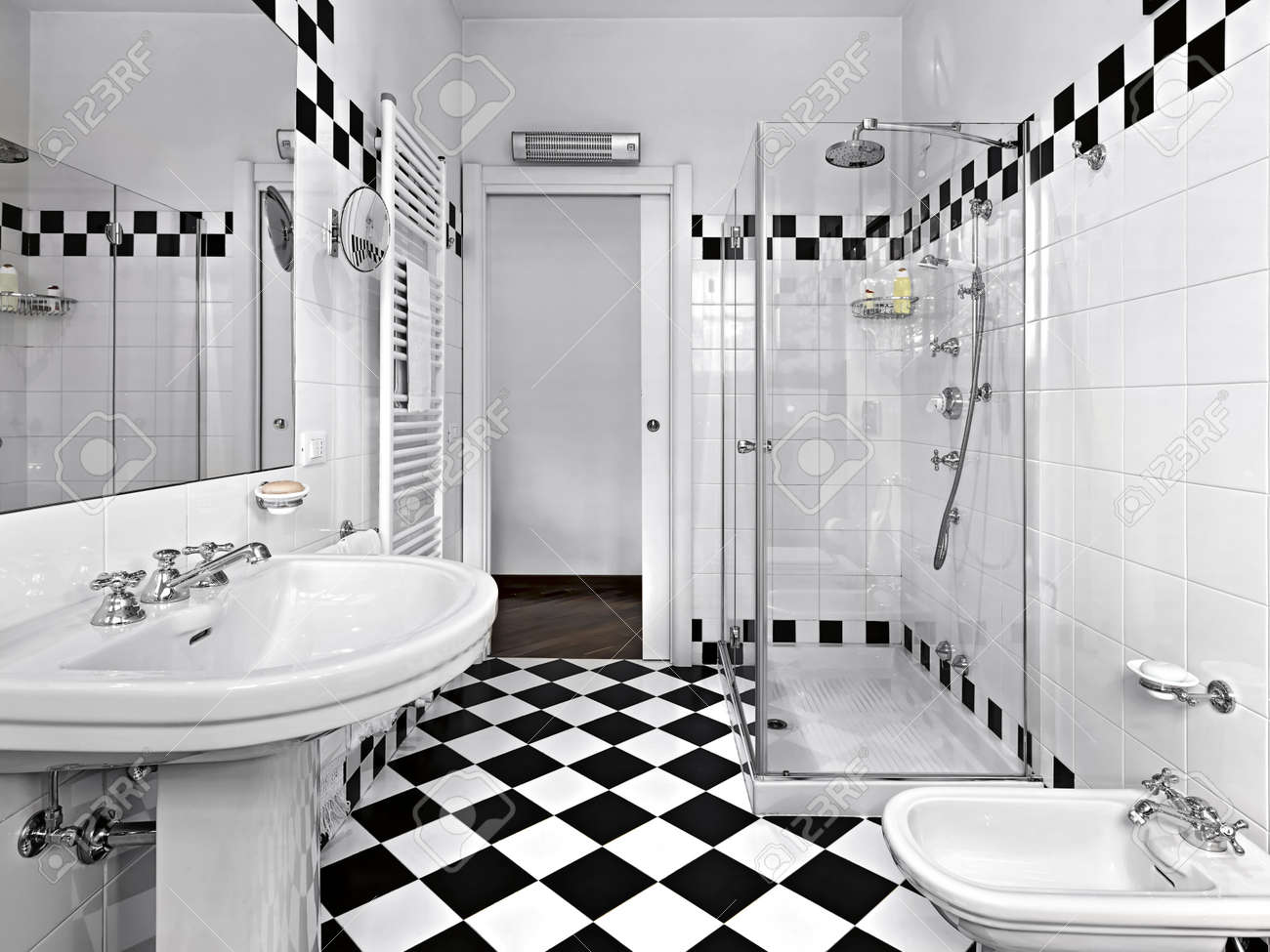 black and white bathrooms ~ dact