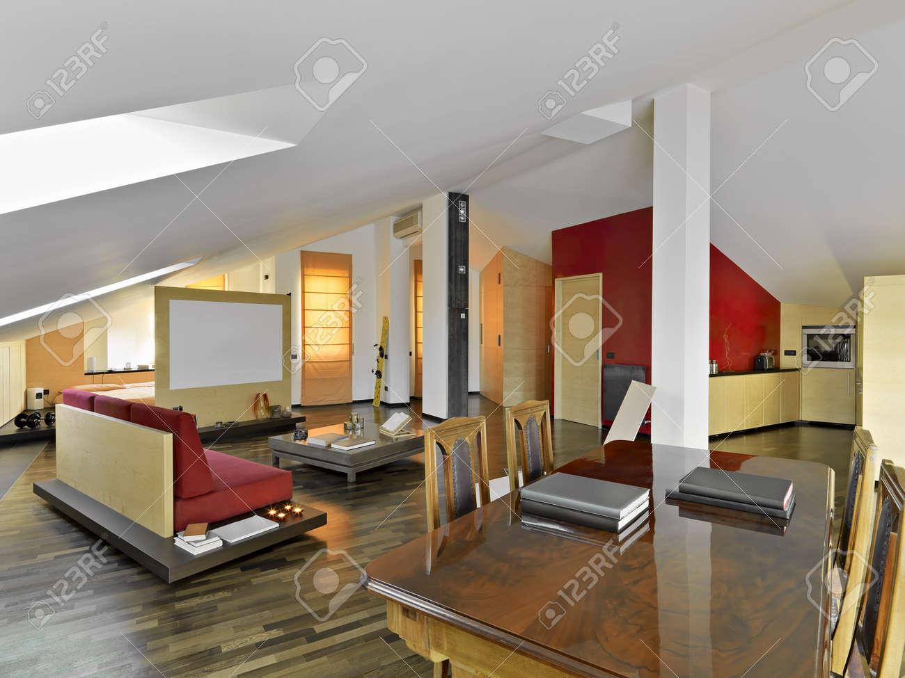 Belső Kilátás, Modern Nappali A Penthouse Fa Padló Royalty Free ...