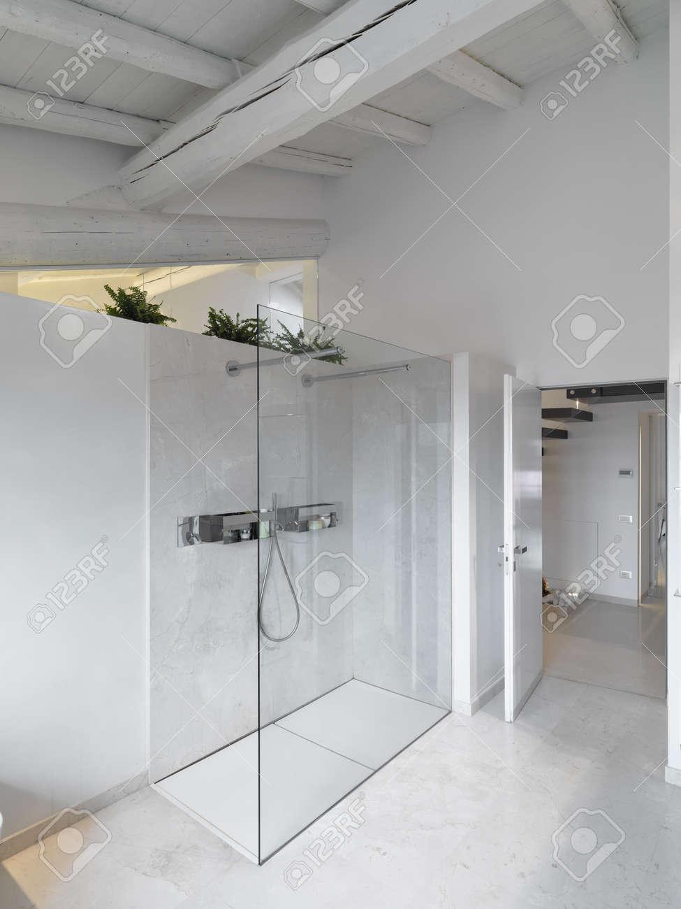Pavimenti Per Bagno Moderno. Finest With Pavimenti Per Bagno ...
