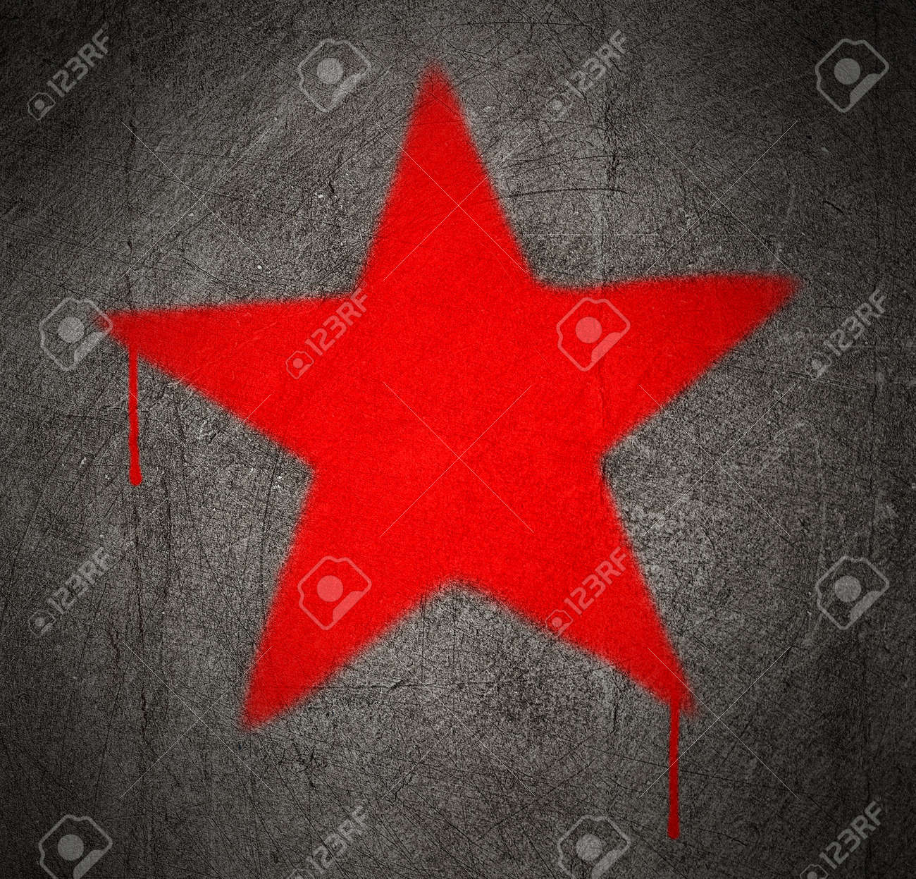 red star graffiti on a grunge concrete wall Stock Photo - 10381883