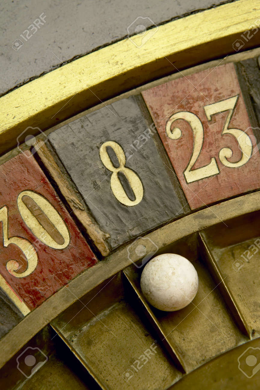 Ball on a vintage roulette with numbers Stock Photo - 18466726