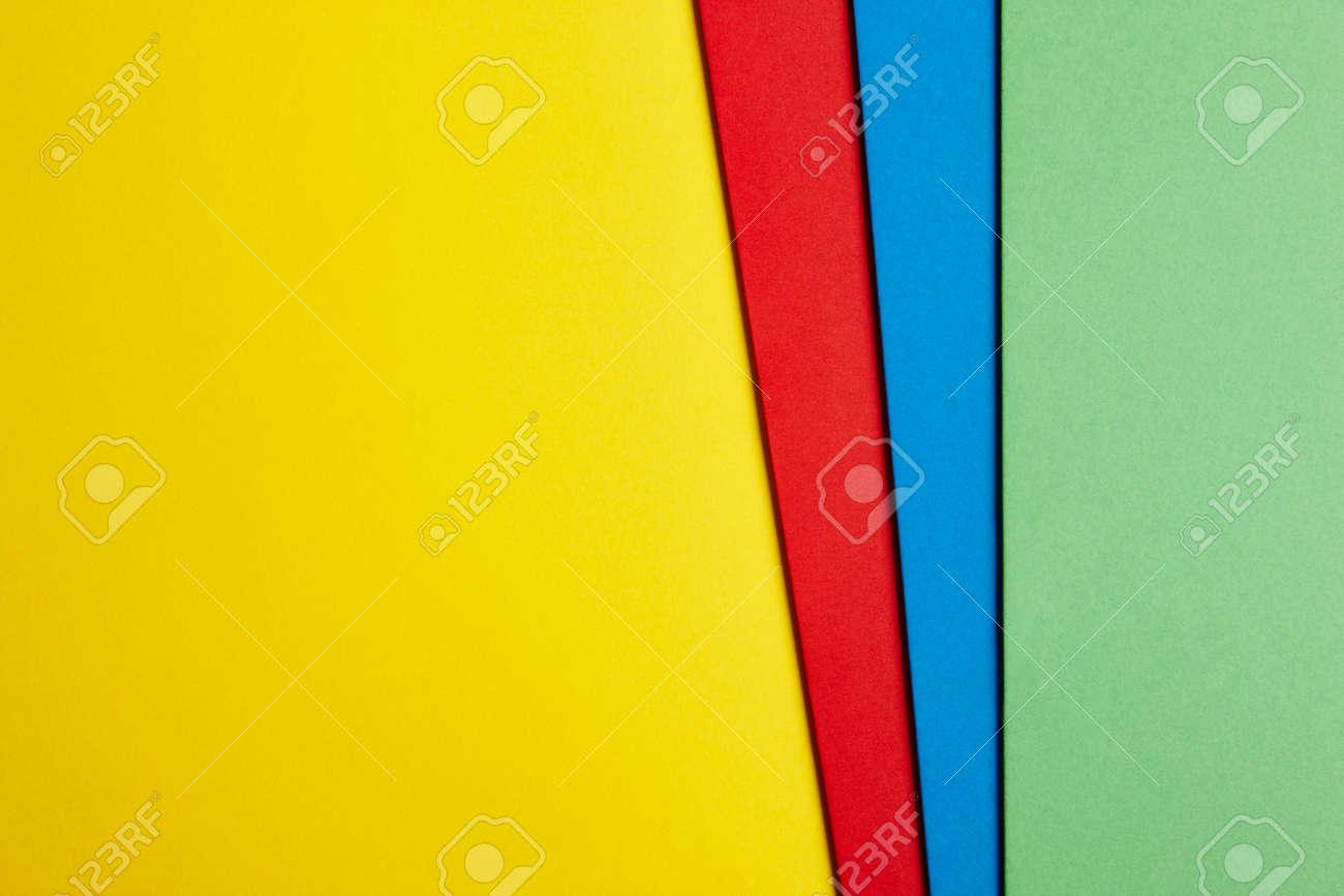 Immagini Stock Colored Cartoni Sfondo In Rosso Giallo Blu Tonalità