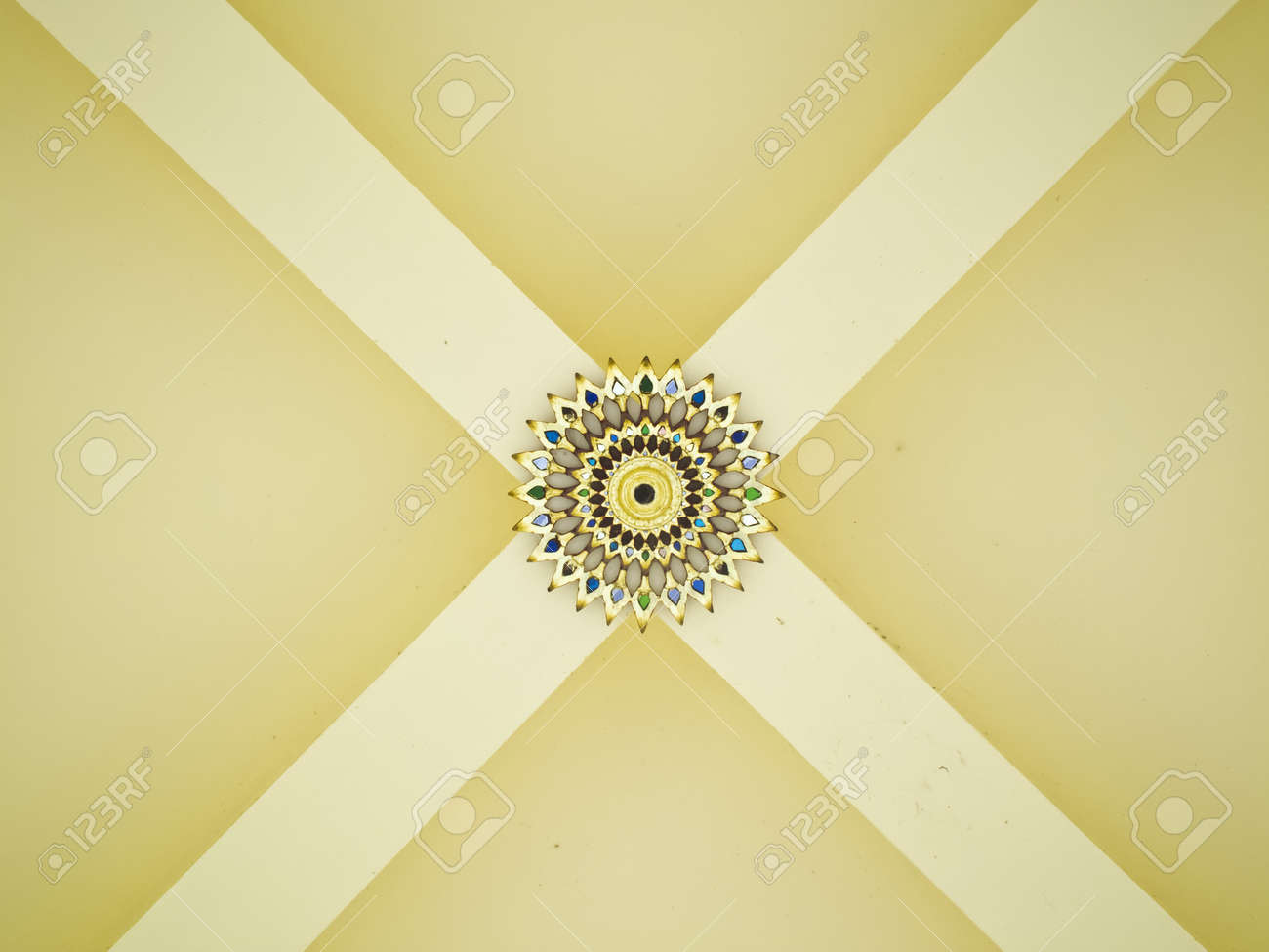 Thai art on temple ceiling Stock Photo - 13618394