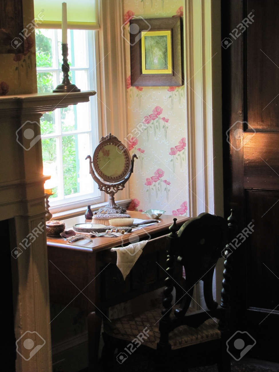 Vintage Bedroom Vanity Stock Photo, Picture And Royalty Free Image ...