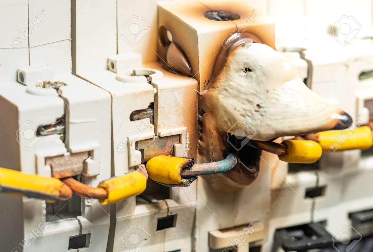 fuse box or breaker box melting and damage of electrical fuse box or breaker because  electrical fuse box or breaker