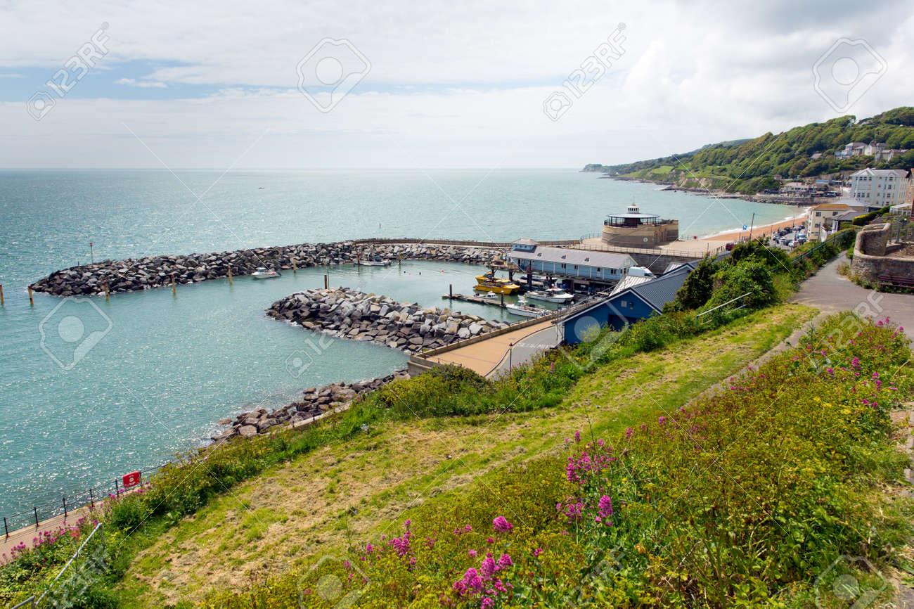 Cote Sud Angleterre ventnor port île de wight côte sud de l'île ville touristique