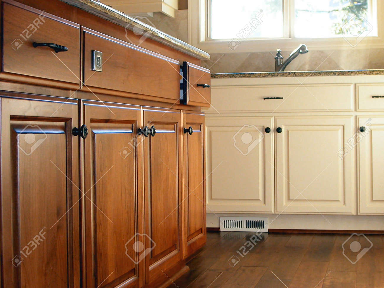 Kitchen Cabinets Stock Photo - 4725427