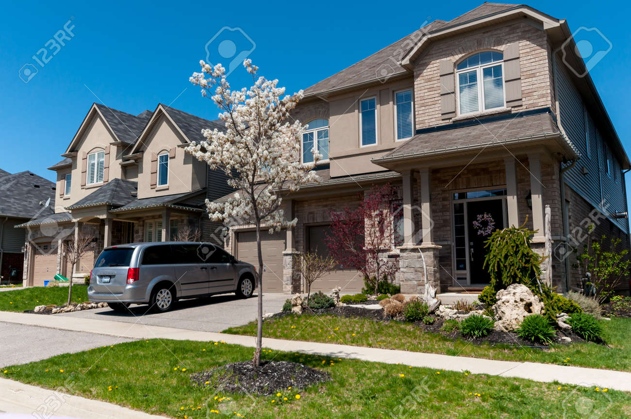 Stock Photo   View At New Houses In A New District Of The Kitchener City,  Ontario, Canada