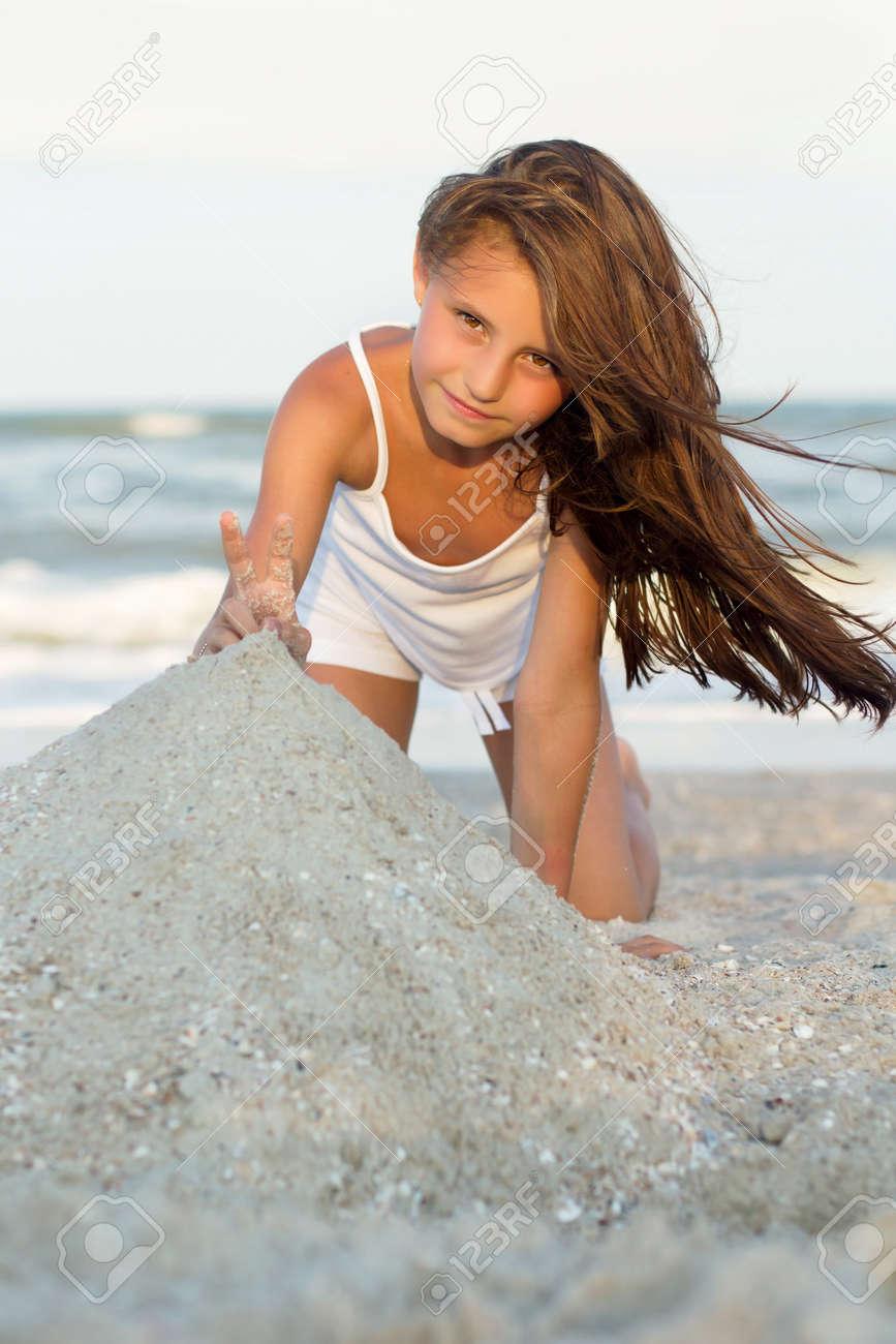Фото писки маленькие девочки 20 фотография