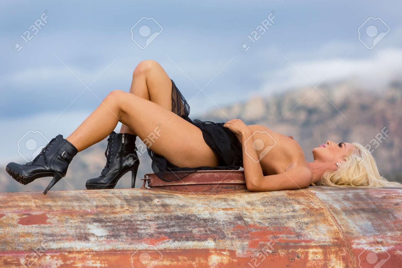 Sarah clarke nude