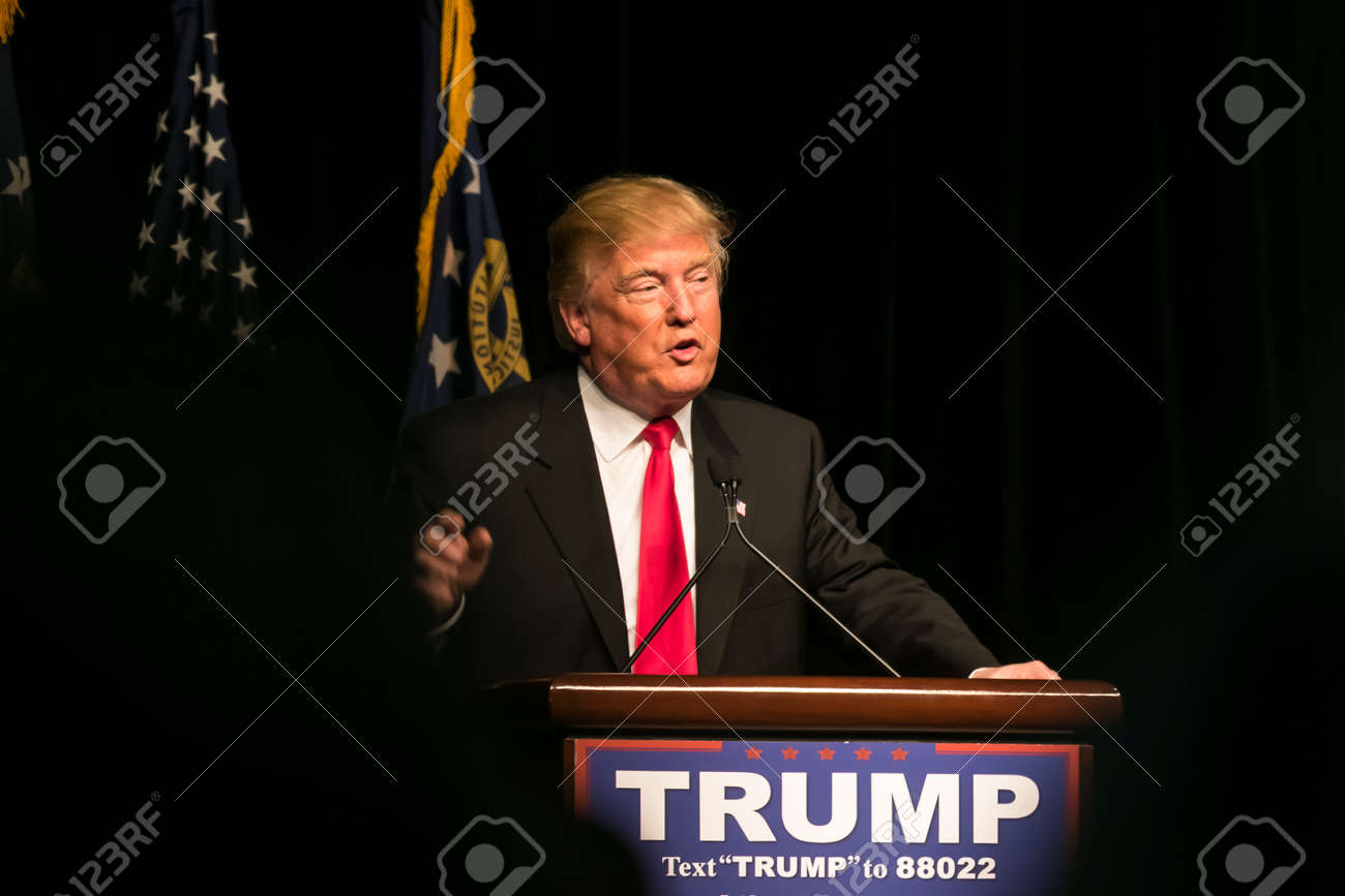 21 February 2016: Republican Presidential candidate Donald Trump speaks to several thousand supporters at a rally in Atlanta, Georgia. - 55986705