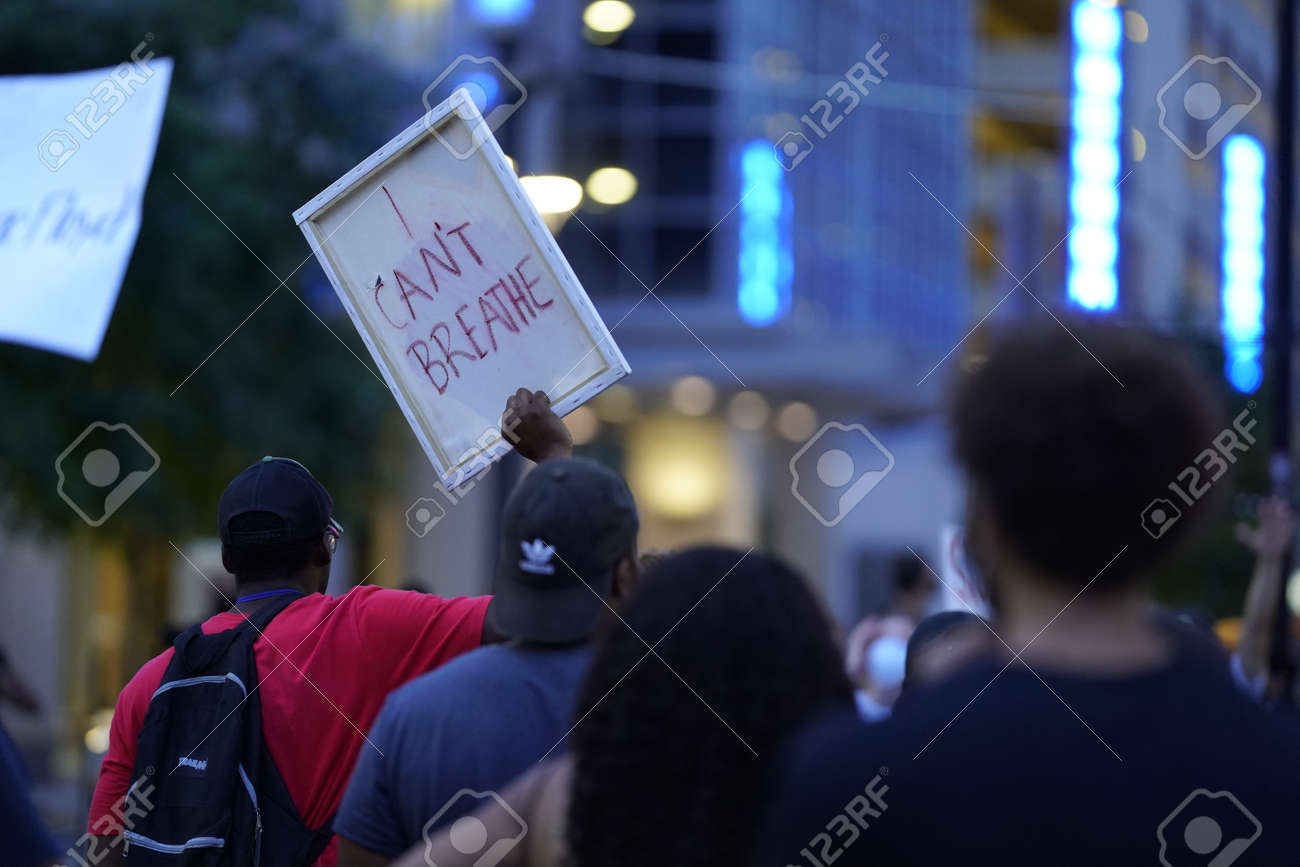 May 29, 2020 - Houston, Texas, USA: Police and spectators collide in downtown Houston, TX as rioters protest the beating and killing of George Floyd by Minneapolis police earlier in the week. - 148100686