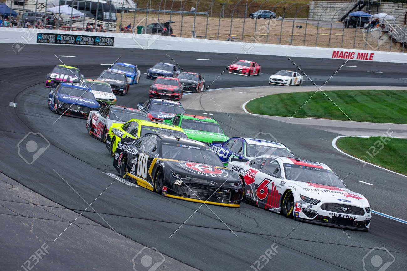 August 02, 2020 - Loudon, New Hampshire, USA: Ryan Newman (6) races for position for the Foxwoods Resort Casino 301 at New Hampshire Motor Speedway in Loudon, New Hampshire. - 152969168