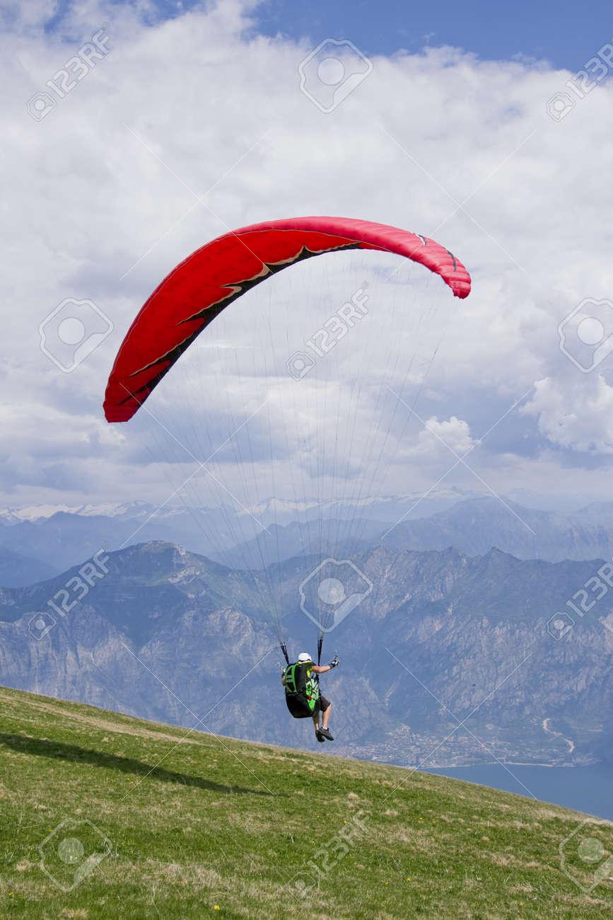Paragliding on the mountain Stock Photo - 14646818
