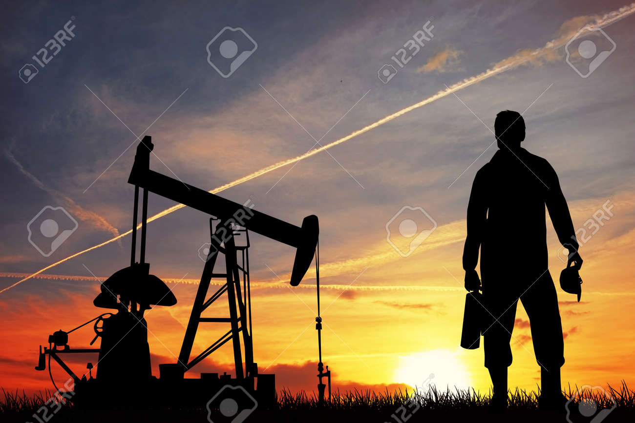 Oil pump at sunset Stock Photo - 17282856