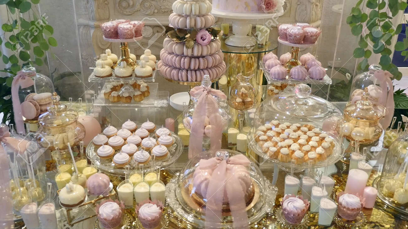 candy bar wedding candy buffet delicious candy bar at a wedding rh 123rf com