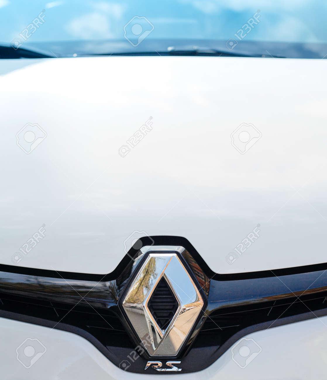 Paris France Apr 3 2017 Renault Rs Logo On A Luxury Sport