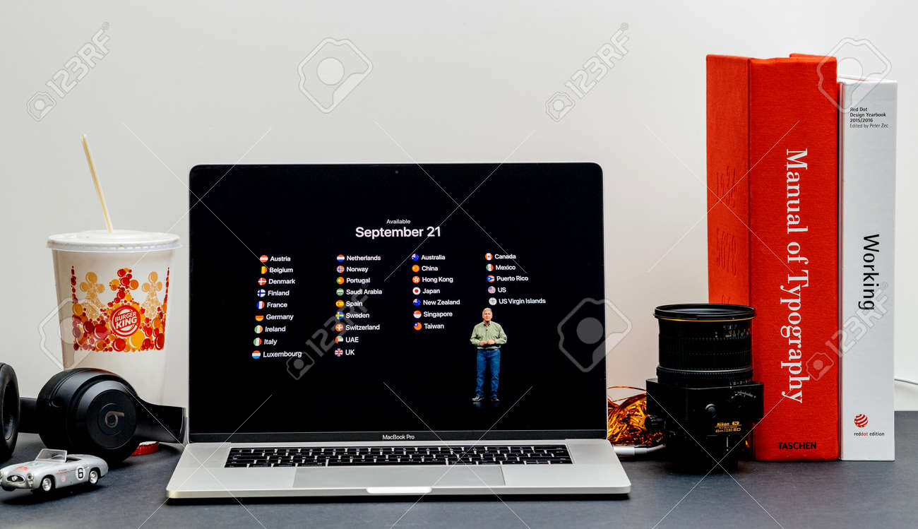 London - September 13, 2018: Apple Computers internet website
